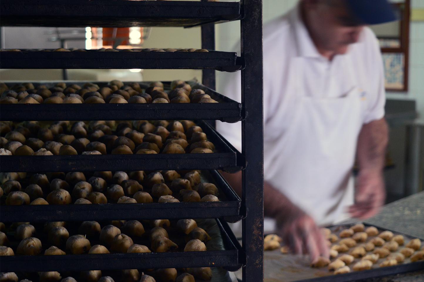 Produzione Papassini - Il Giglio dolci di Sardegna