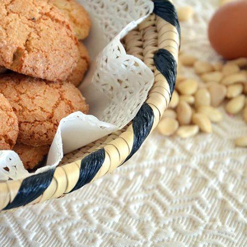 Dolci sardi con le mandorle: gli amaretti